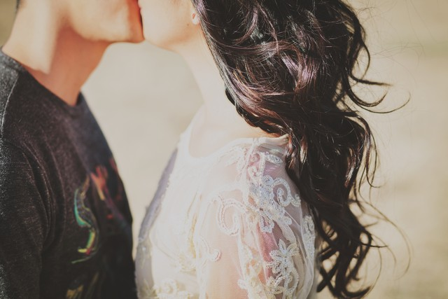 Picture of couple kissing.jpg